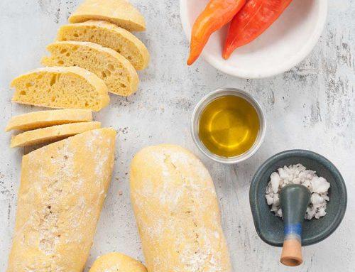 Pan con pasta de Ají Amarillo